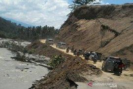 Jalur Palu-Kulawi putus akibat banjir sudah normal