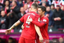 Bayern Muenchen libas Hannover 3-1