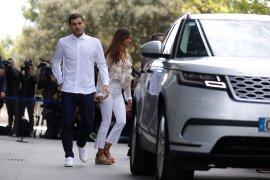 Iker Casillas tinggalkan rumah sakit
