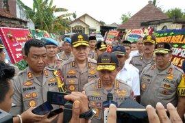 Kapolri serahkan bantuan senjata api untuk Polres Lampung Selatan