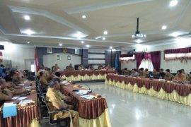 Hari pertama puasa, Wali Kota Sibolga pimpin rapat rakerpem