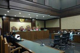 Tiga anggota DPRD Sumatera Utara dituntut 5  tahun penjara