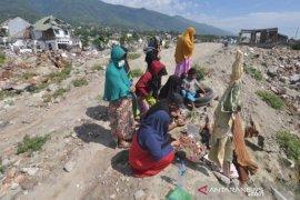 Pemakaman massal korban bencana Palu ramai diziarahi menjelang Ramadhan
