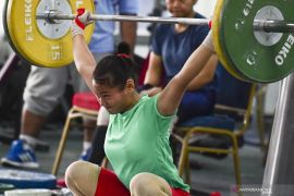 Lifter junior Indonesia akan diuji  di Kejuaraan Asia sebelum hadapi SEA Games
