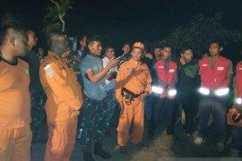 Lanal Lhokseumawe cari dua remaja hilang terseret arus laut Bangka Jaya
