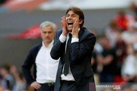 Conte bantah kabar akan latih AS Roma