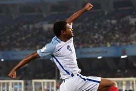 Badai cedera Liverpool peluang pemain muda untuk bersinar