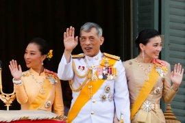Lagi, Raja Thailand pecat pejabat istana, di antaranya karena zina