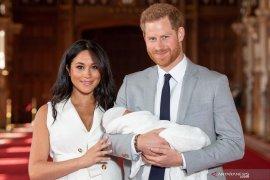 Pangeran Harry dan Meghan Markle umumkan nama putranya