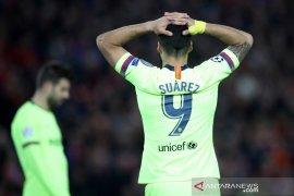 Suarez ajak Barcelona introspeksi