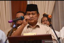 Ini pernyataan Prabowo terkait penetapan tersangka Bachtiar Nasir