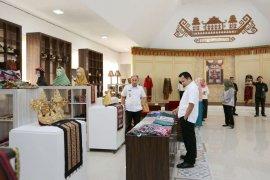 Gubernur Ridho Ficardo Tinjau Kantor dan Gedung Galery Dekranasda Lampung