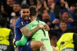 Chelsea tantang Arsenal di final