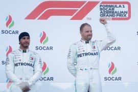 Hamilton tak akan beri ruang bagi Bottas