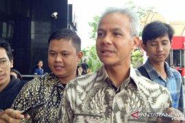 KPK periksa Gubernur Jateng terkait  kasus KTP-e