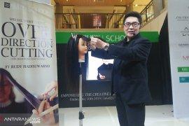 Rudy Hadisuwarno School cabang Bali cetak diploma