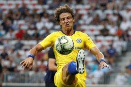 Chelsea memerpanjang kontrak David Luiz selama dua tahun