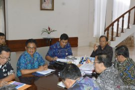 Gubernur Bali inginkan kereta api bernuansa lokal