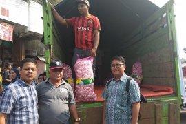 Disperindag Lebak menggelar operasi pasar bawang putih