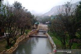 Pengelola wisata Gunung Papandayan berbenah persiapan libur Lebaran