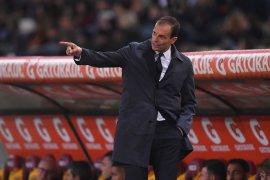 Allegri merasa geli diisukan akan tinggalkan Juventus
