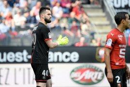 Eksekusi penalti yang gagal pastikan Guingamp terdegradasi dari kasta tertinggi  Liga Prancis.