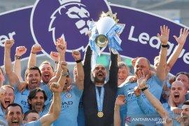 Ini klasemen akhir Liga Inggris, City juara dengan 98 poin