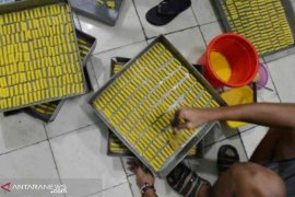 Dinkes Bekasi razia produsen kue kering khas Lebaran