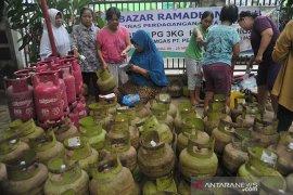 Harga eceran termurah elpiji di bazar Ramadhan kecamatan  Page 1 Small