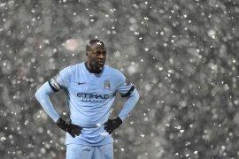 Yaya Toure menolak pensiun, Mengapa?