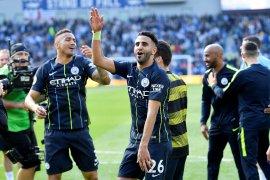 Meski jarang diturunkan, Mahrez tetap setia bersama  City