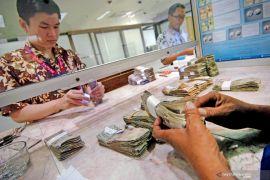 Pertumbuhan uang beredar pada April 2020 lebih rendah