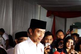 Presiden Jokowi menemukan menu berbuka puasa enak