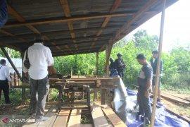 Kayu ilegal asal Jambi ditemukan di Sumsel,  jumlahnya bikin kaget