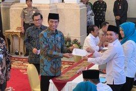 Jokowi bayar zakat mal Rp55 juta melalui Baznas