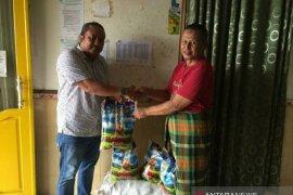 PWI Babel salurkan 1,5 ton beras ke panti asuhan