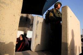 Israel serbu rumah Menteri Palestina