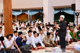 Peringati Nuzulul Quran, Pemkab Banyuwangi hadirkan Ustadz Yusuf Mansur