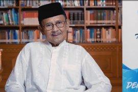 BJ Habibie serukan hindari tindakan yang mempertajam polarisasi dan perpecahan