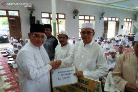 Regent to Tanjung Selamantakan Village in Ramadhan Safari