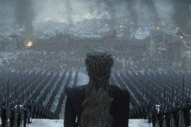"""Emilia Clarke ucapkan selamat tinggal """"Game of Thrones"""""""