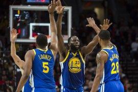 Warriors selangkah lagi ke Final NBA
