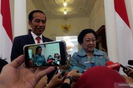 Megawati Soekarnoputri sampaikan selamat kepada Jokowi