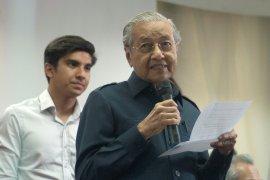Perdana Menteri Malaysia Mahathir kecam temuan JIT terkait MH17