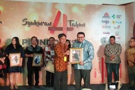 Agung Laksamana Raih Penghargaan PR Indonesia Page 1 Small