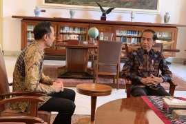SBY telepon Jokowi ucapkan selamat
