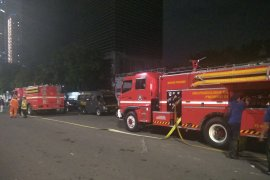 Armada pemadam kebakaran  dikerahkan untuk bantu TNI/Polri