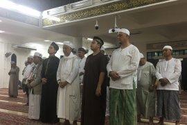 Ustadz Arifin Ilham dishalatkan di Masjid Al-Munawar Malaysia