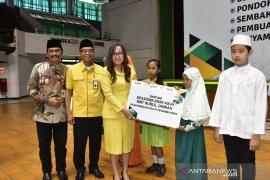Petrokimia bantu korban banjir Sulawesi Selatan