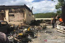 Polisi selidiki dalang kasus pembakaran kantor Polsek Tambelangan